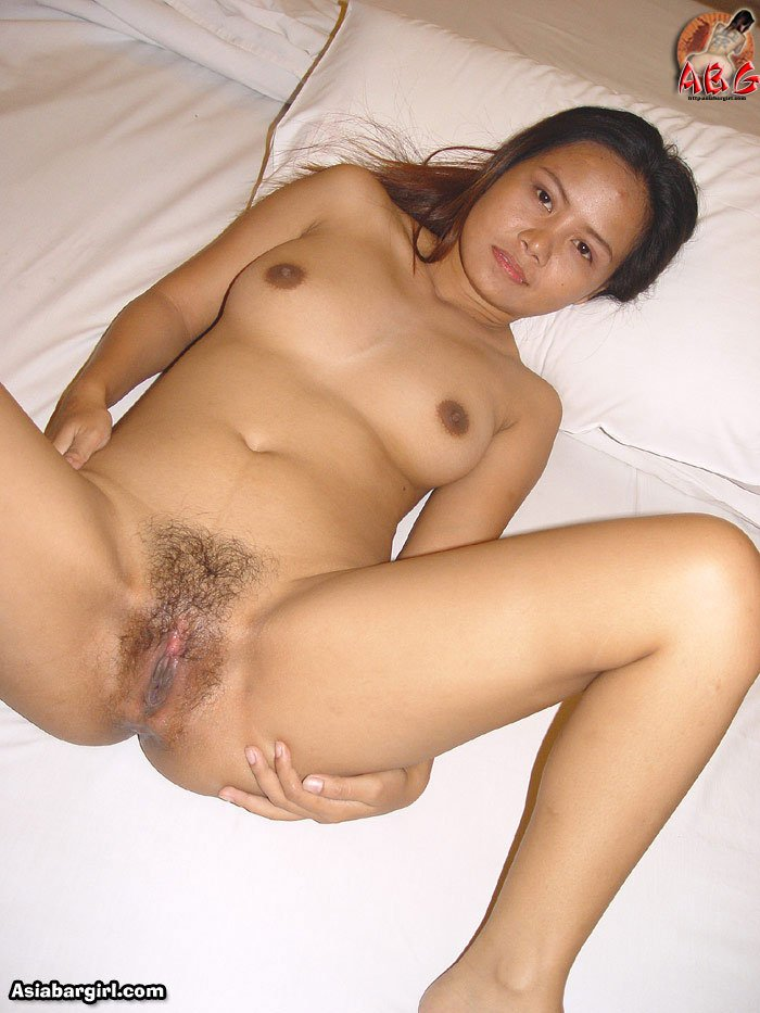Lbfm Asian babe Sue has a cute face and amazing body