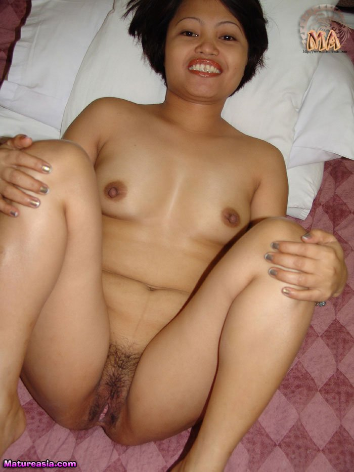 Busty pinay milf loves white cock dm720 - 2 part 8