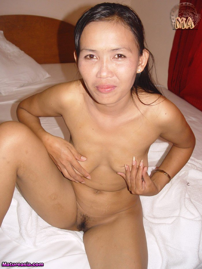 vietnamese-asian-mom-004