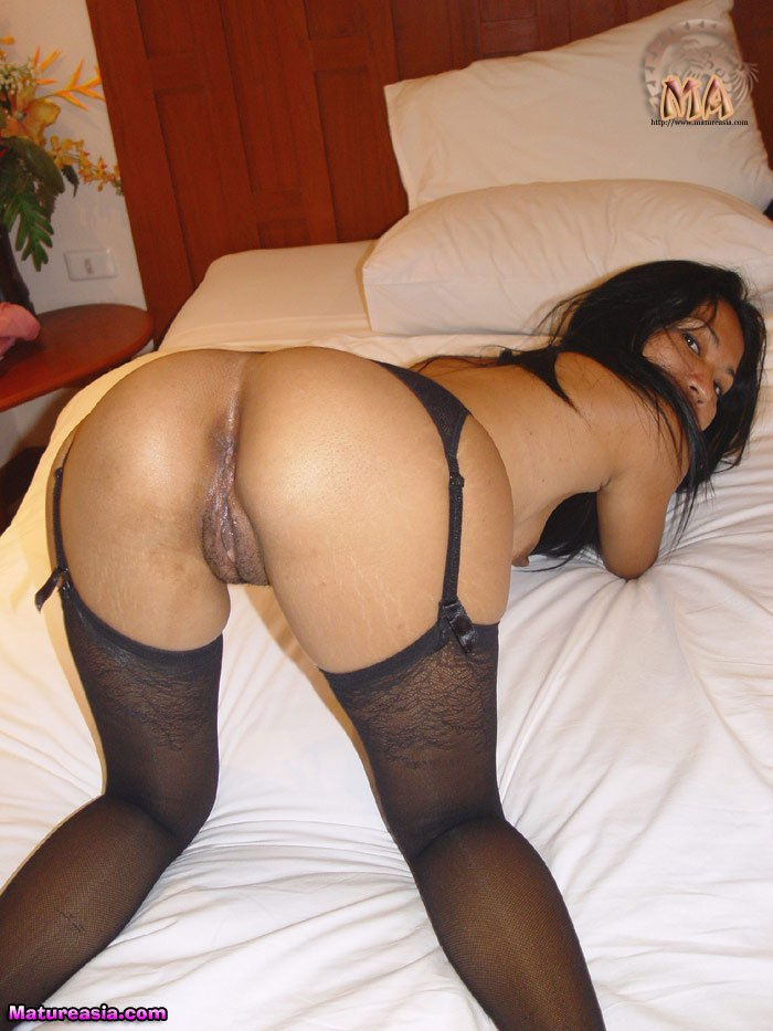 asian milf hot ass
