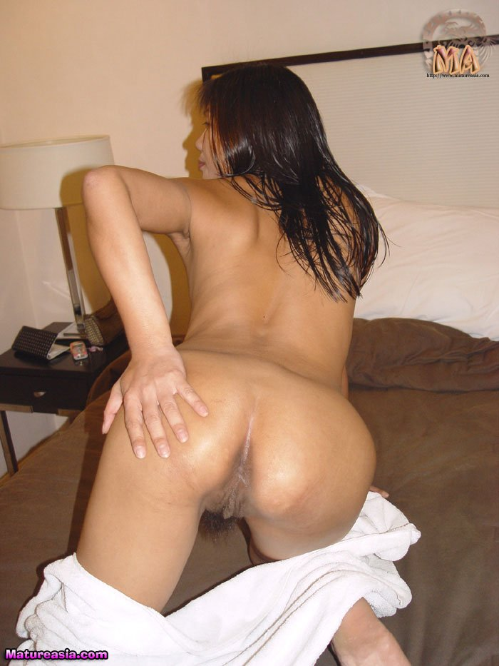 amateur-asian-mom-eko=ass