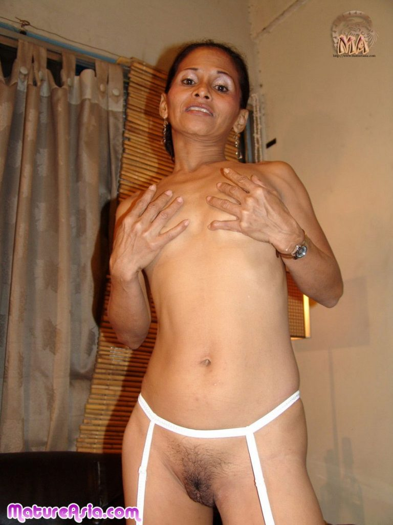 Skinny mature Filipina Juliet still has a great body this is a very sexy granny