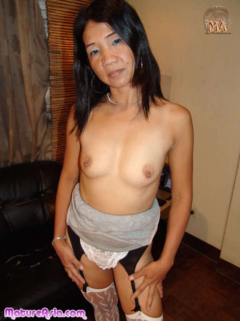 Filipina petite Asian grandma nude showing her tiny body