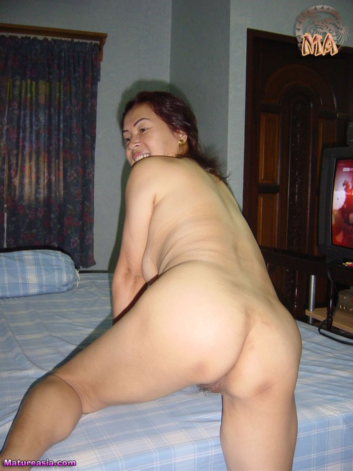 Older Asian lady Nong mature ass