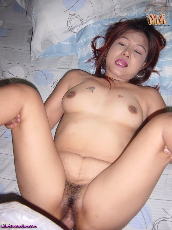 cute_tiny_asian_milf