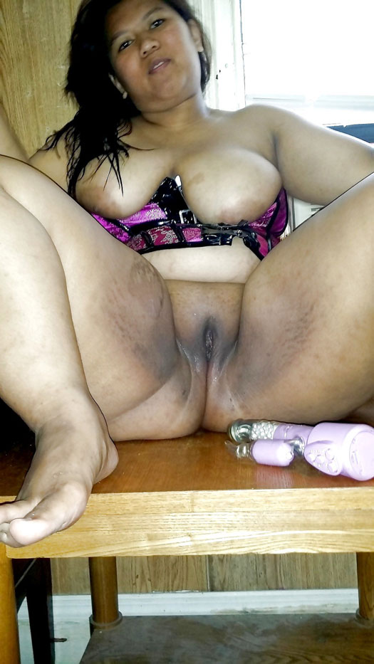Big fat Filipina Asian granny with chubby pussy and big ass