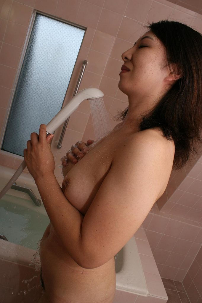 Naho-Tajiri-uncensored-Japanese-Milf