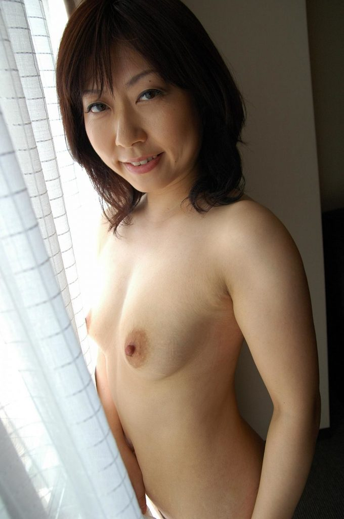 Rumi_Okano_uncensored_milf-Japan