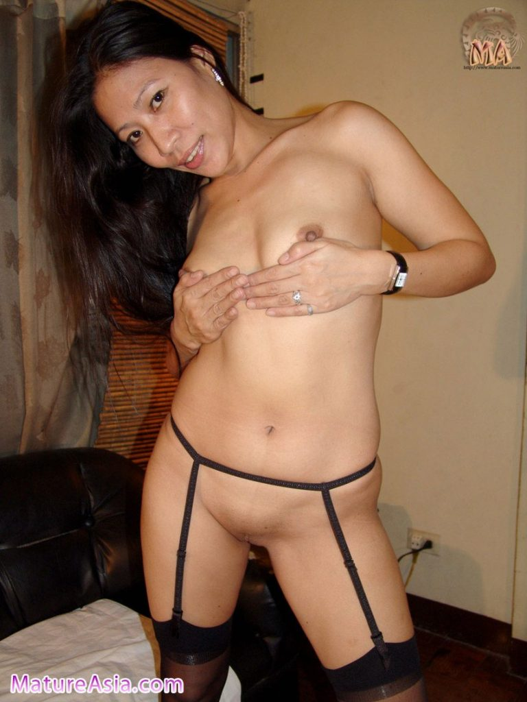 filipina mom wife janna sex stockings amateur housewife nude
