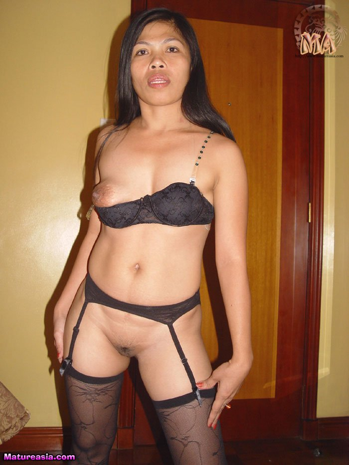 Filipino mom sonia boob out stockings