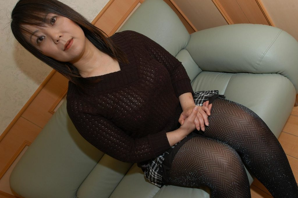 japanese milf rumi yasumoto uncensored photo set