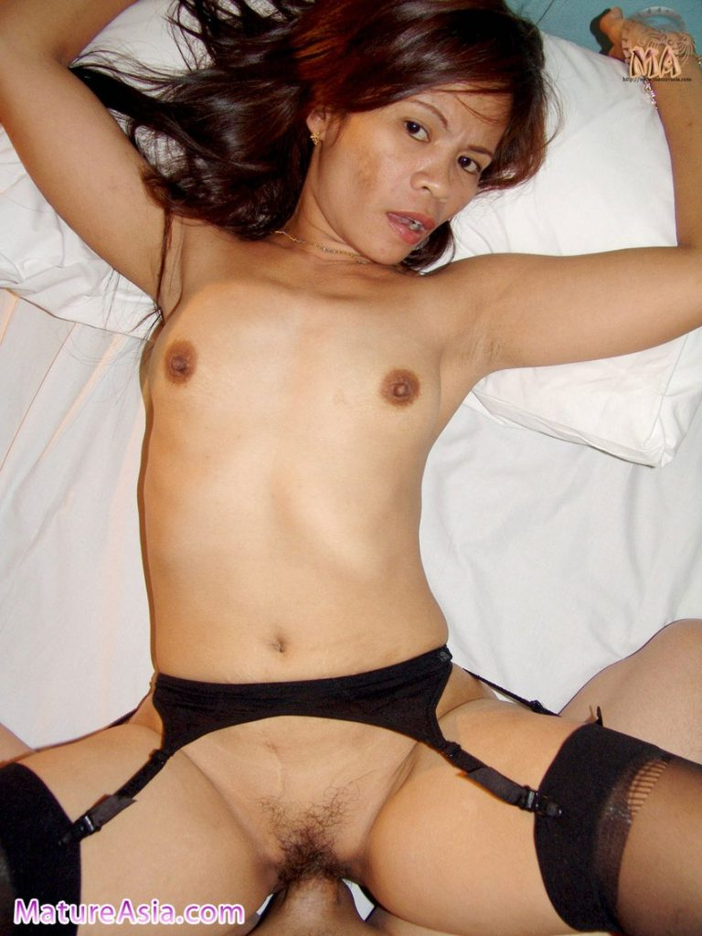 Filipino grandma Lissa stockings petite nude